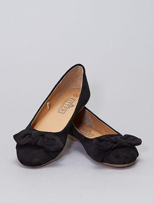 Ballerine in finto camoscio                             nero