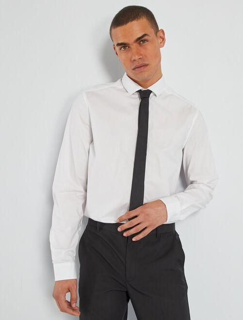 Camicia + cravatta                             bianco