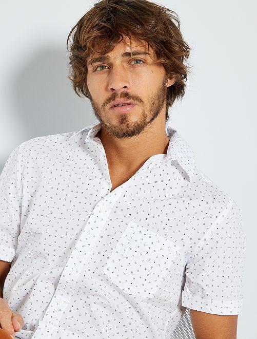 Camicia slim con micro motivo                                                                                                                 BIANCO