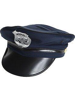 Cappello da poliziotto con visiera e stemma