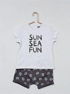 Completini, pagliaccetti - Completino maglietta + pantaloncini - Kiabi