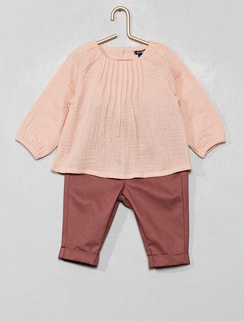 Completo blusa + pantalone                                         ROSA