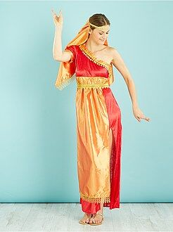 Donna Costume indù