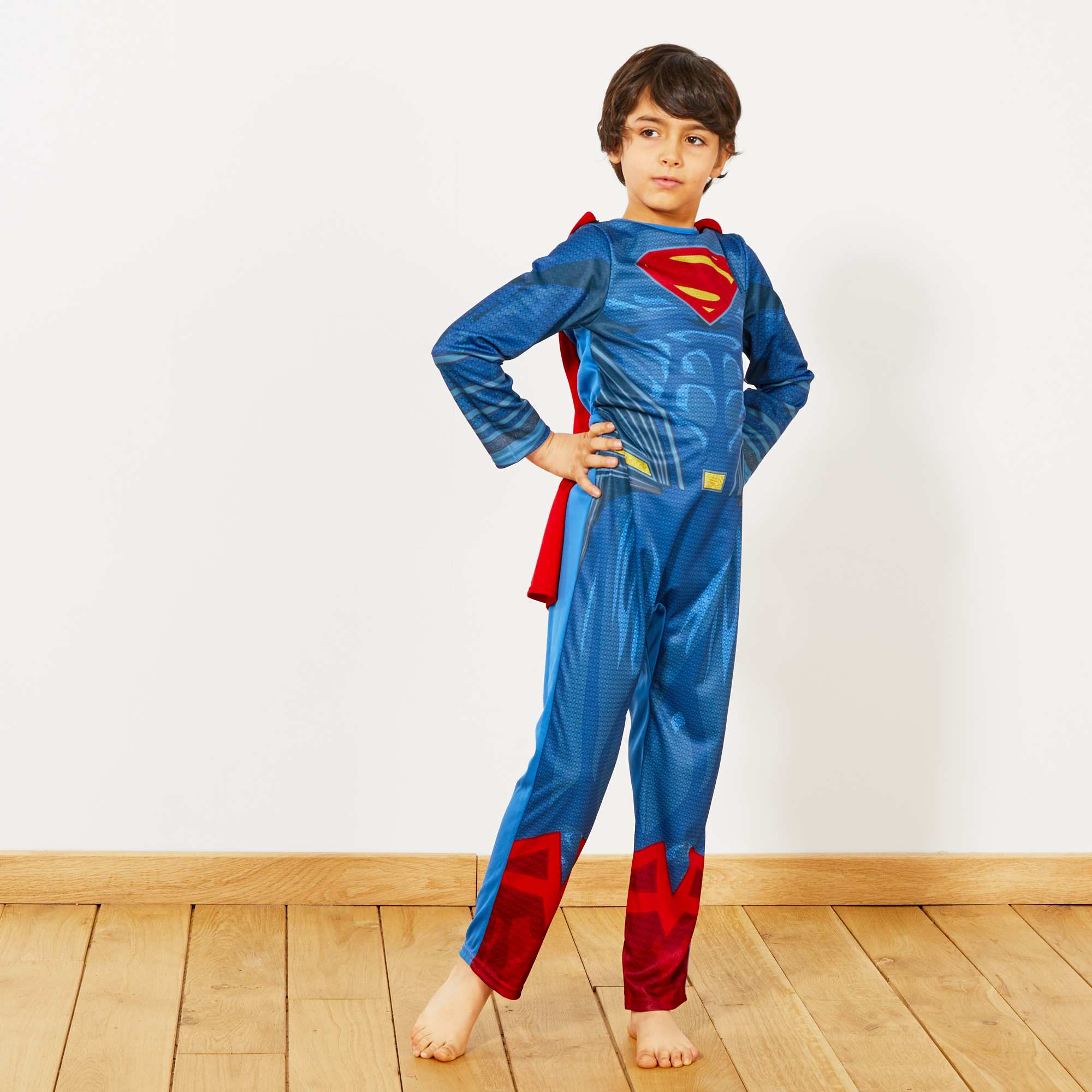 how to make a superwoman costume