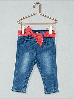 Pantaloni, jeans, leggings - Jeans effetto delavé + cintura