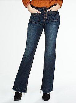 Donna dalla 38 alla 52 Jeans flare vita alta