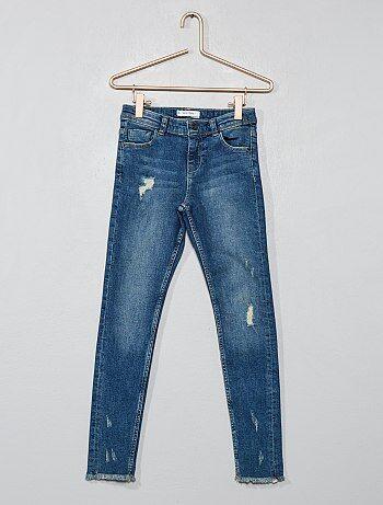 59f8a34077cc Jeans skinny finitura sfilacciata - Kiabi