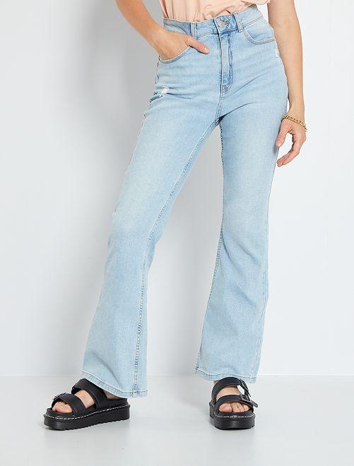 Jeans taglio flare                             BLU