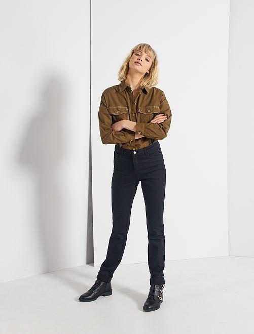 Jeans taglio regular lunghezza US34                                         NERO