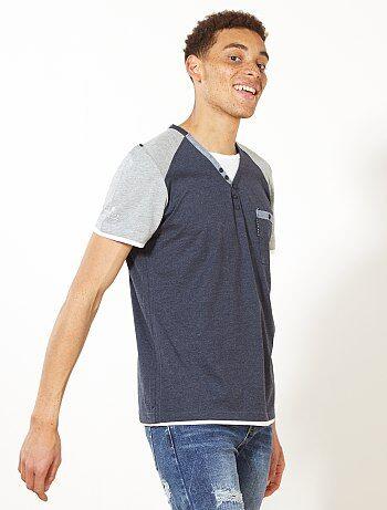 Maglietta bicolore collo alla tunisina - Kiabi