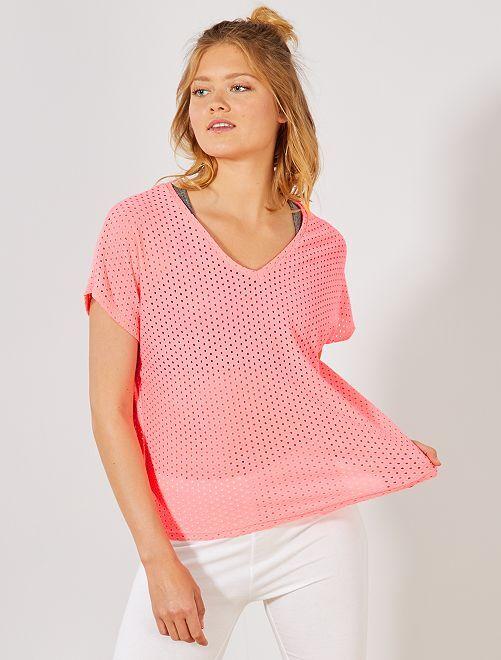 Maglietta traforata fantasia                                                     rosa fluorescente