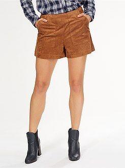 Pantaloncini, bermuda - Pantaloncini dritti effetto scamosciato 2 tasche grandi
