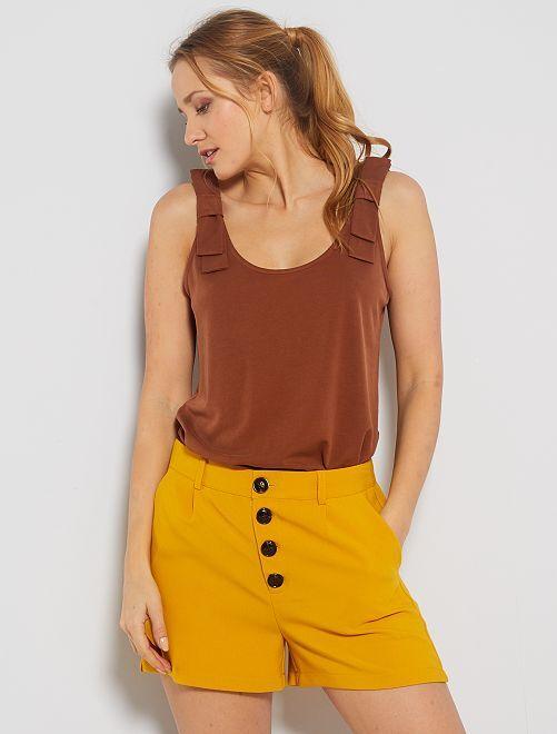 Pantaloncini vita alta abbottonata                                                                                         giallo bronzo
