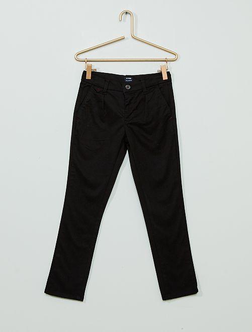 Pantaloni chino regular                             nero