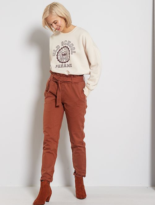 Pantaloni dritti vita con cintura                                         marrone