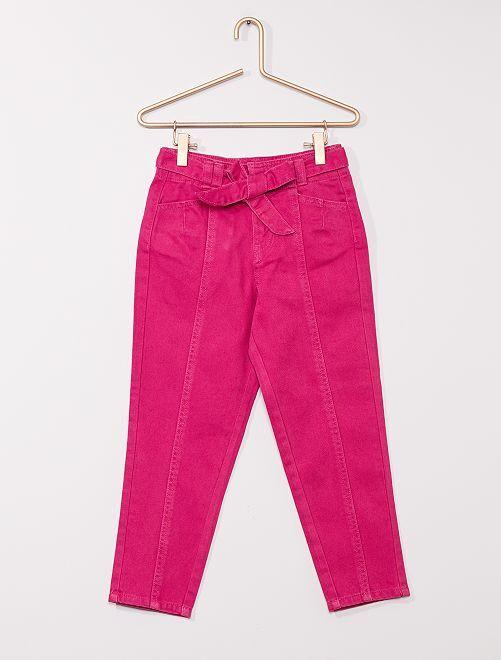 Pantaloni in denim con cintura                                         fucsia