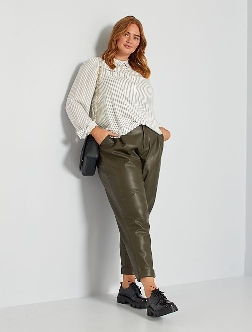 Pantaloni in similpelle                             KAKI
