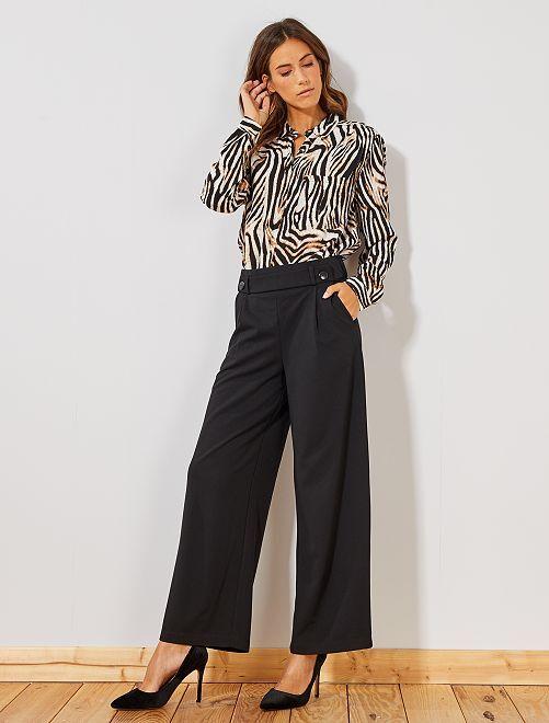 Pantaloni larghi con bottoni                                         nero