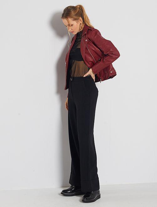 Pantaloni larghi con risvolto                                         nero