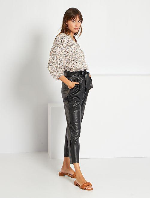 Pantaloni pinocchietto paper bag in similpelle                             nero
