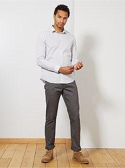 Pantaloni regular morbidi al tocco - Kiabi