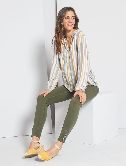 Pantaloni skinny colorati                                             KAKI