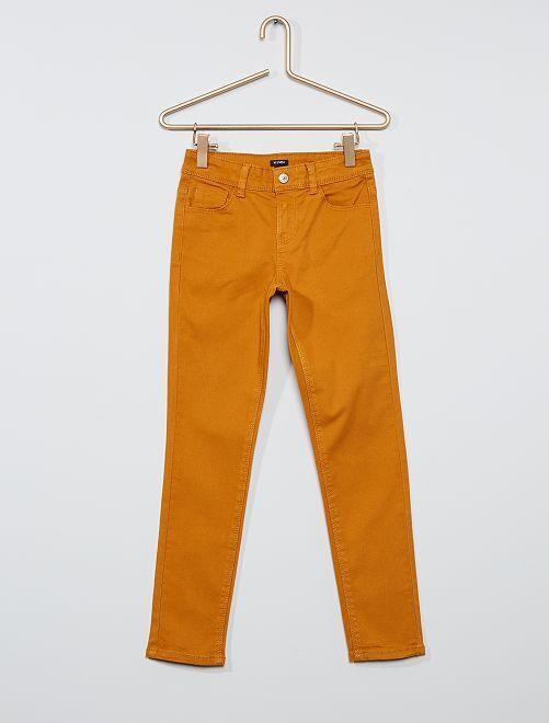 Pantaloni slim colorati                                                                                         GIALLO