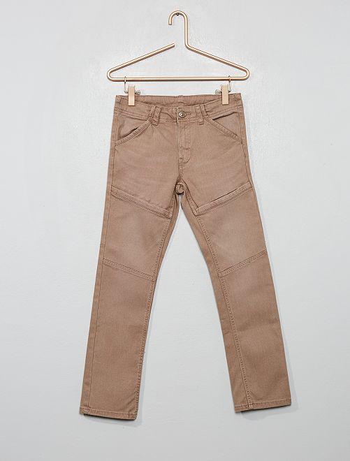 Pantaloni slim dettagli ginocchia                                                     grigio beige