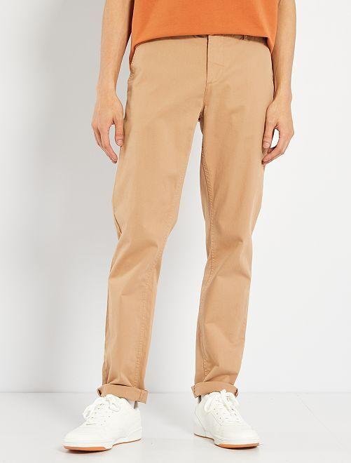 Pantaloni slim eco-sostenibili                                                                                                                                                                                                                                                                                             beige