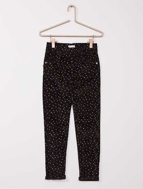 Pantaloni slim in velluto a coste                             nero