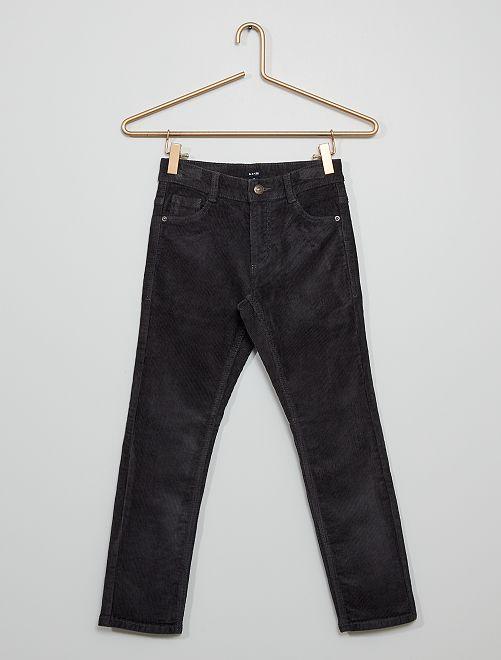 Pantaloni slim in velluto                                                                                         GRIGIO