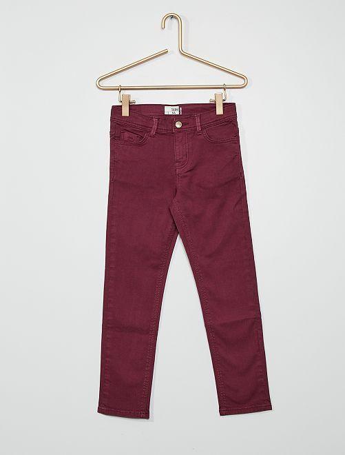 Pantaloni slim                                                                                         prugna