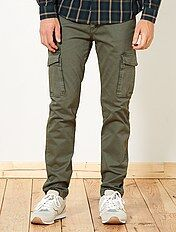 Pantaloni slim tasche cargo