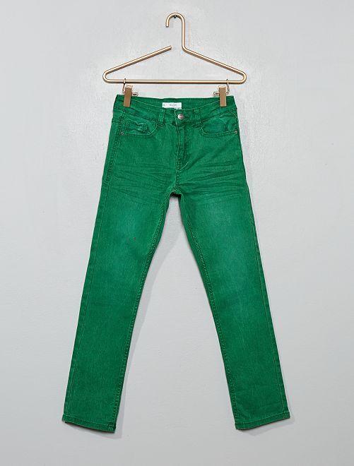 Pantaloni slim                                                                                                                                                                                         verde pino