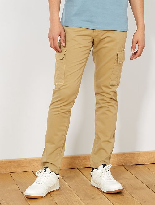 Pantaloni stile cargo                                                     MARRONE Uomo