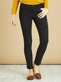 Pantaloni - Pantaloni taglio slim - Kiabi