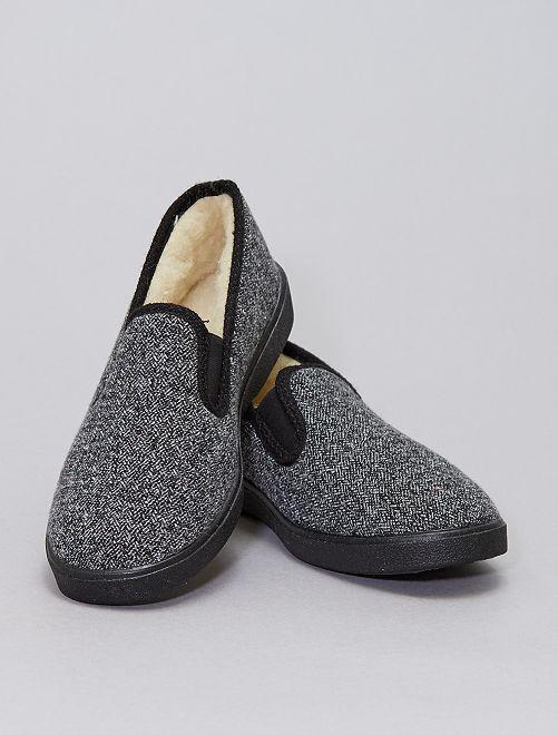 Pantofole imbottite                             grigio