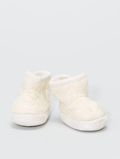 Pantofole stivaletto in maglia imbottite                                         ecru