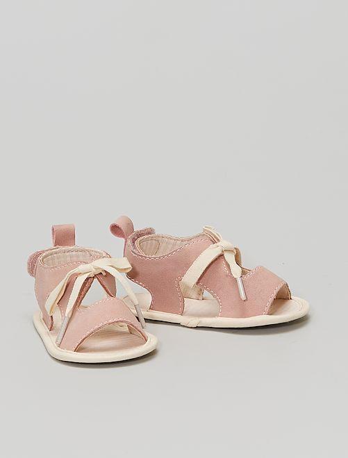 Sandali a strappo                             a righe rosa
