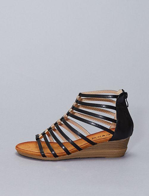 Sandali alti in similpelle                                         nero