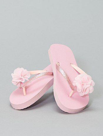 3eeaf2e6f33252 Saldi sandali con cinturini, fiori, frange, ricamati Bambina | Kiabi