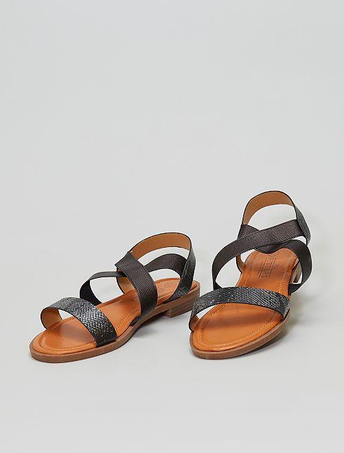 Sandali bassi con cinturini elasticizzati                             nero