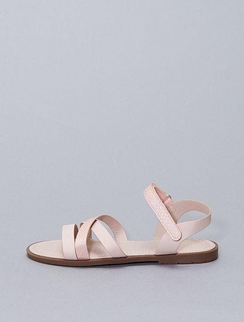 Sandali bassi con strappi                             rosa