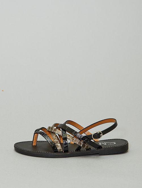 Sandali bassi in similpelle                             nero