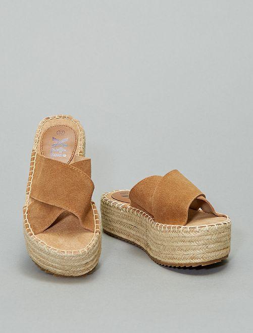 Sandali ciabattine in pelle 'Xti'                                                                 cammello