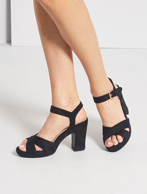 Sandali con tacco finto camoscio                             nero