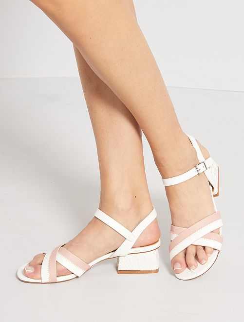 Sandali con tacco in similpelle                             bianco