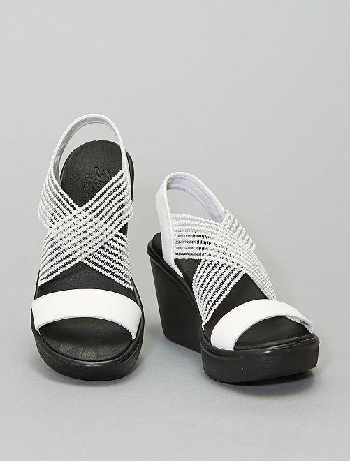 Sandali con zeppa 'Skechers'                                         bianco