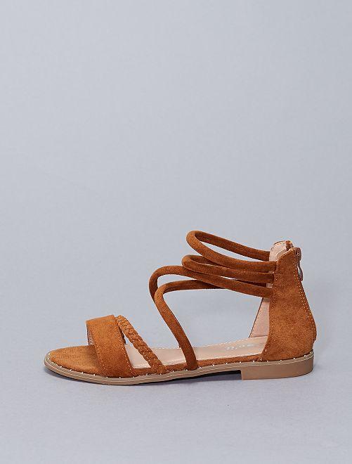 Sandali in finto camoscio                                         cammello