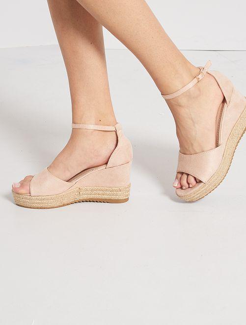 Sandali in pelle scamosciata con zeppa                                                     rosa